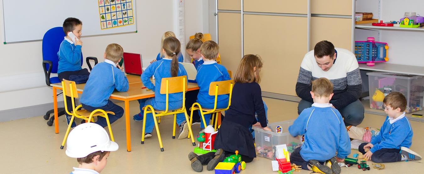 Gaelscoil Moshíológ Playroom